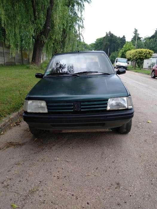 Peugeot 205 1996 - 250000 km
