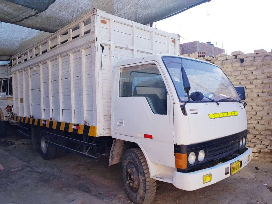 Camion Hyundai 5 Ton.