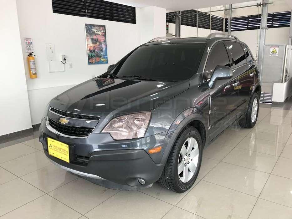 Chevrolet Captiva 2012 - 68900 km