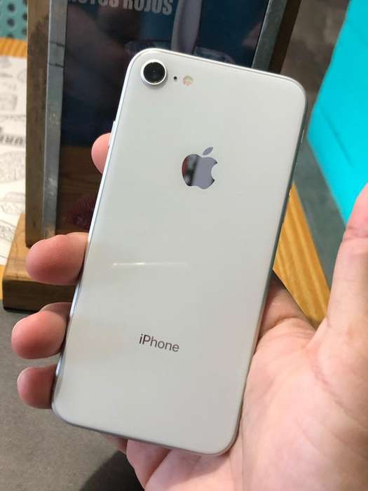 iPhone 8 con Turbo Sim