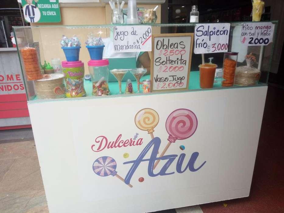 Venta y traspaso de <strong>negocio</strong> de Dulces en Centro Comercial en el centro de Medellin
