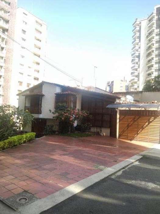 Arriendo Casa Negocio CABECERA Bucaramanga Inmobiliaria Alejandro Dominguez Parra S.A.