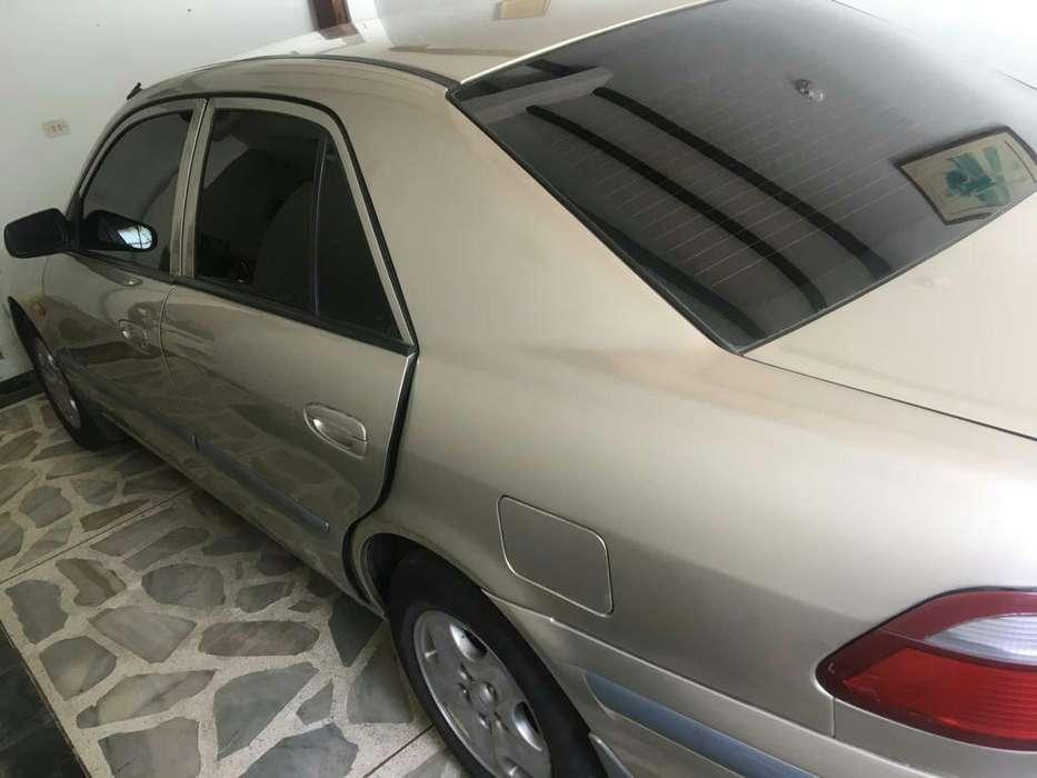 Mazda 626 1999 - 123 km