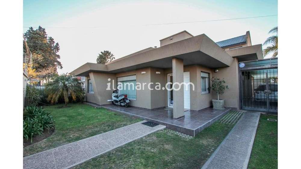 Adolfo Orma 1900 - UD 400.000 - Casa en Venta