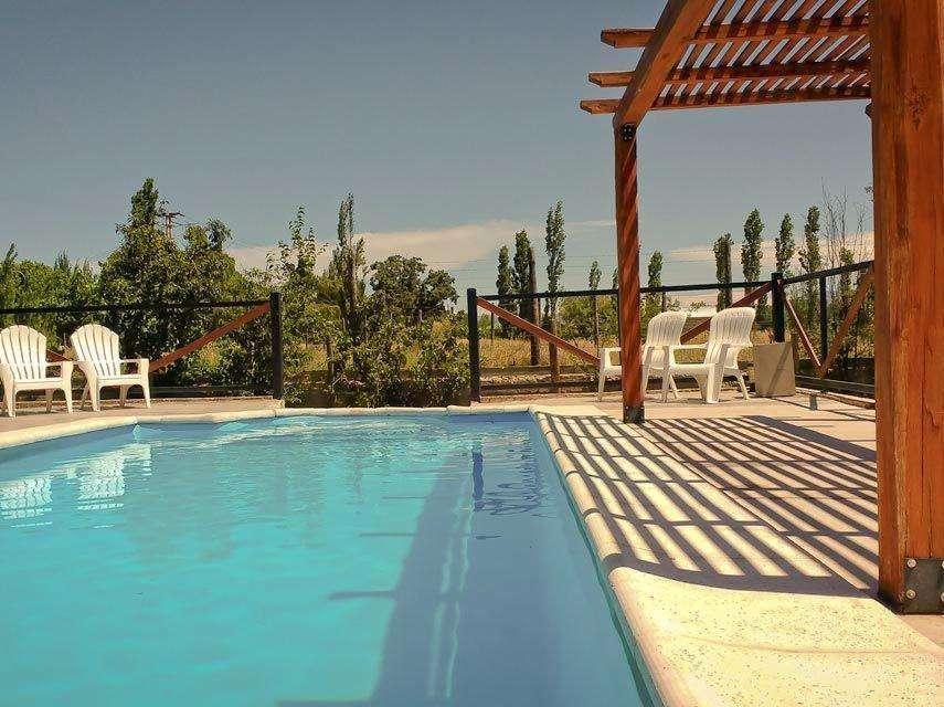 Cabaña camino a Valle Grande(2 dormitorios, piscina,aire wif