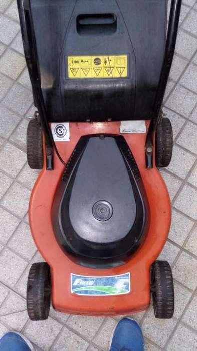 Maquina de cortar el cesped electrica profesinal 1 hp !!