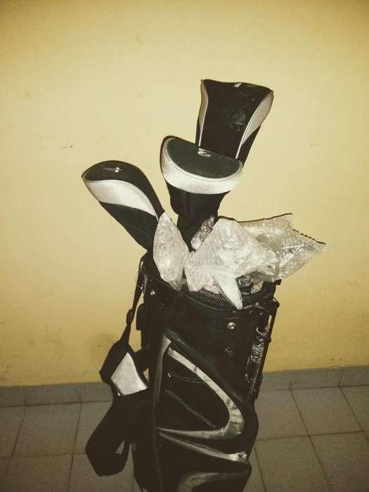 Palos de Simon Golf. sin Uso.