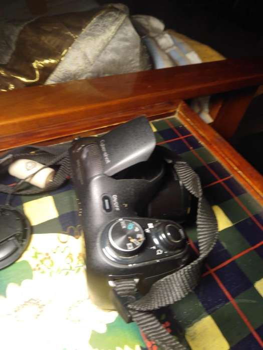 CAMARA DIGITAL SONY SEMIREFLEX DSC-H200 IMPECABLE -