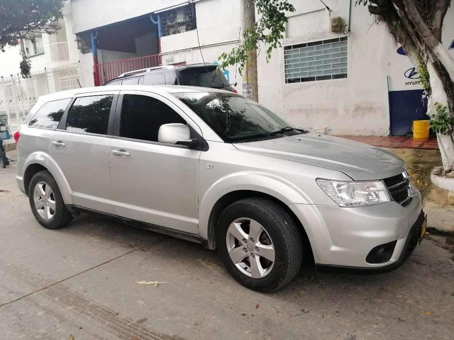 Dodge Journey 2013 - 117000 km