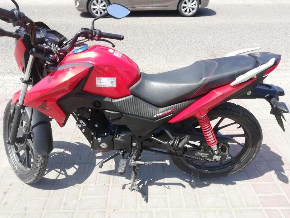 Vendo Moto Honda Cb125twister