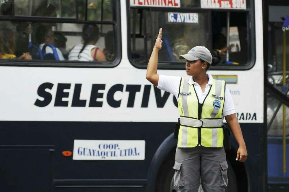 5 Vigilantes para La Ciudad de Guayaquil