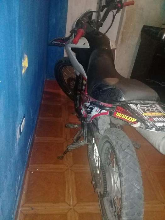 Vendo <strong>moto</strong> Skua 150