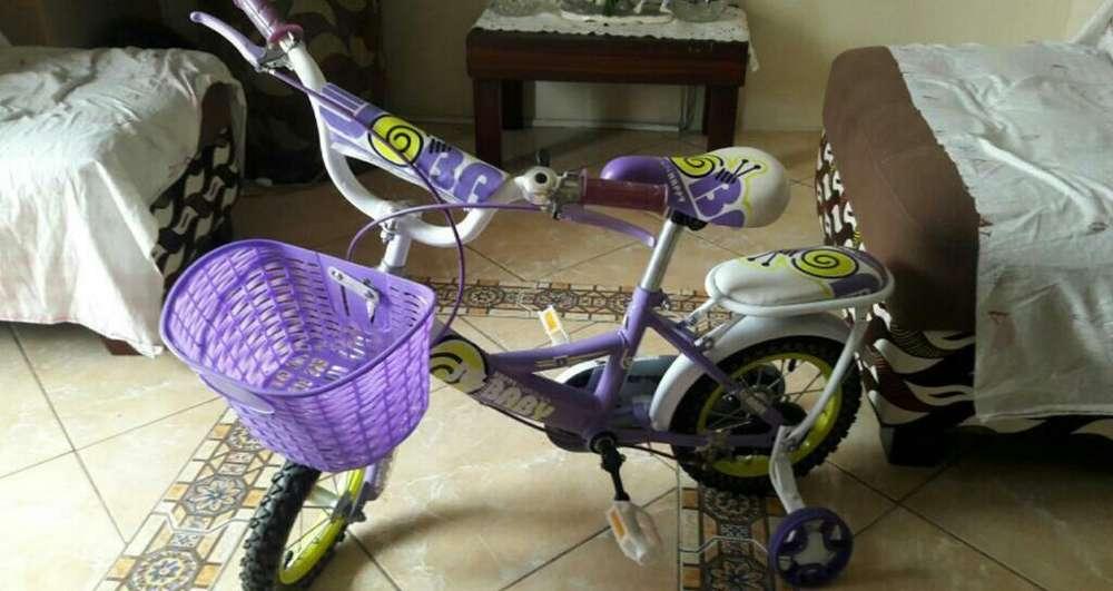 <strong>bicicleta</strong> de Niña