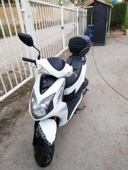 moto AKT 125 Jet 4