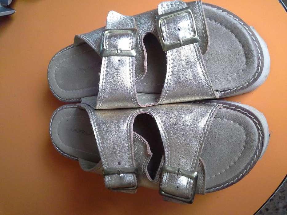 Sandalias Doradas N37 Impecables