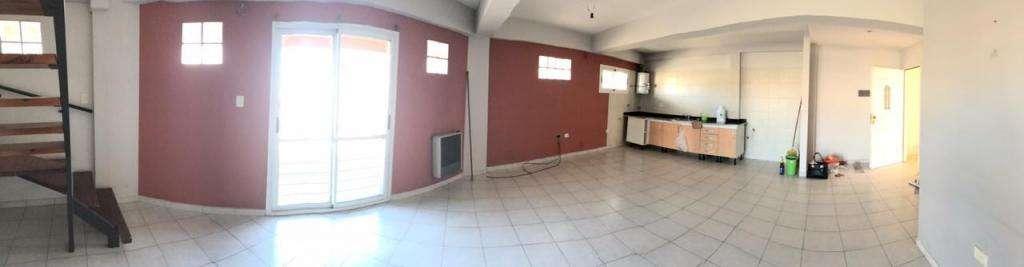 Departamento en Alquiler en Bernal, Quilmes  14000
