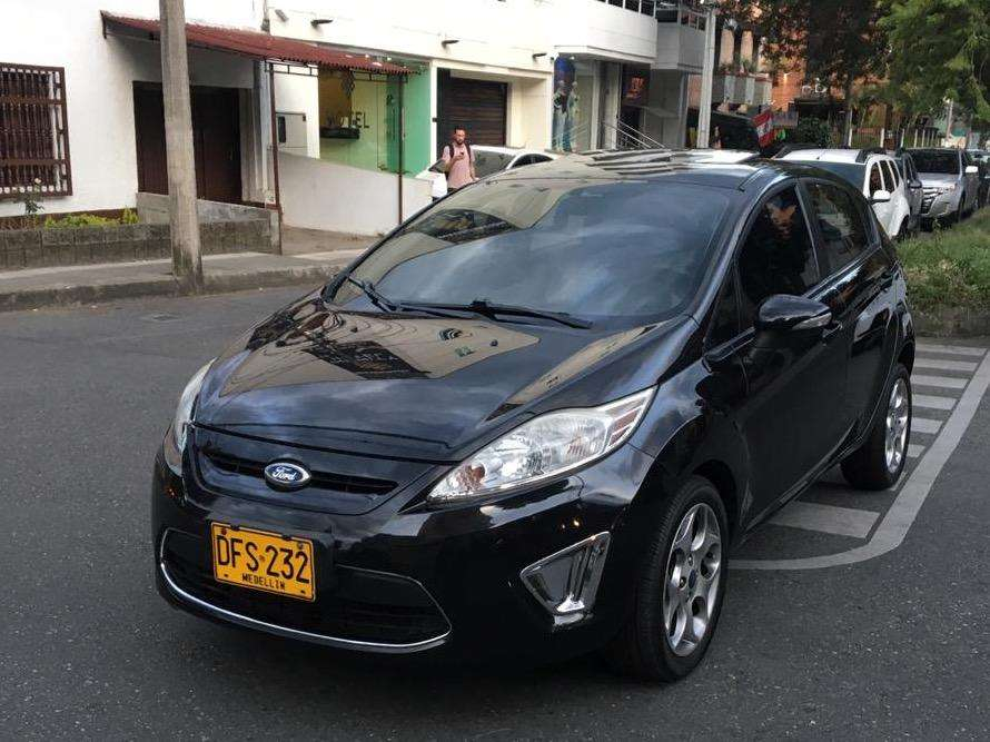 <strong>ford</strong> Fiesta  2011 - 70000 km