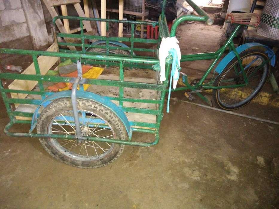 Vendo Triciclo en Buen Estado Negociable