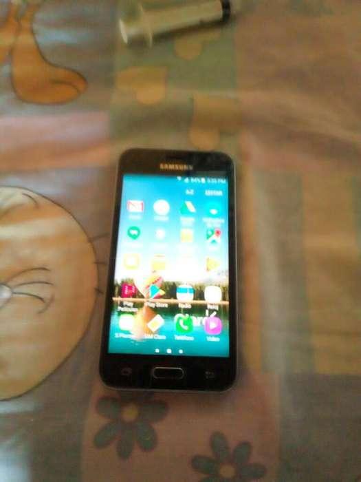 Vendo Samsung Galaxy J1 O Cambio