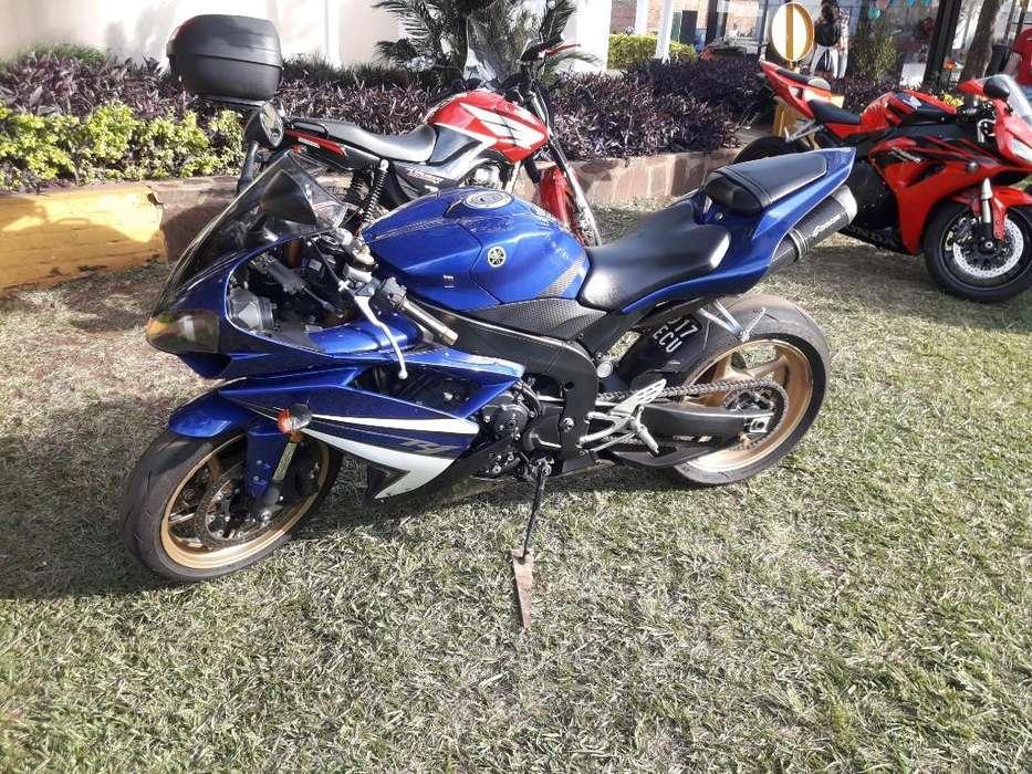Vendo Yamaha R1 2009