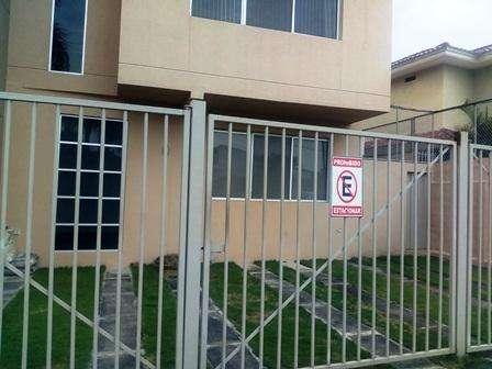 Venta de Departamento en Urb. Puerto Azul, cerca del Cafe de Tere, Via a la Costa
