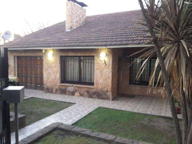 IMPECABLE CHALET, 5 AMB. APTO A CREDITO!!!