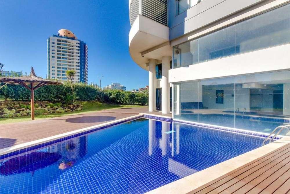 Dep. South Beach, Punta Del Este,3 Dorm,2 baños,coch.100 m2.