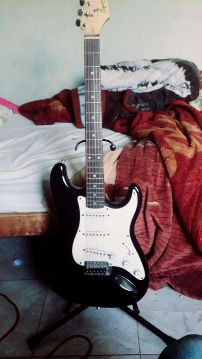 Guitarra Electrica(squier Fender)