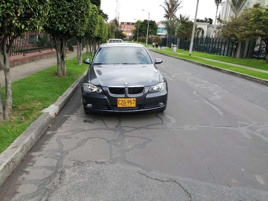 BMW Série 3 2009 - 110000 km