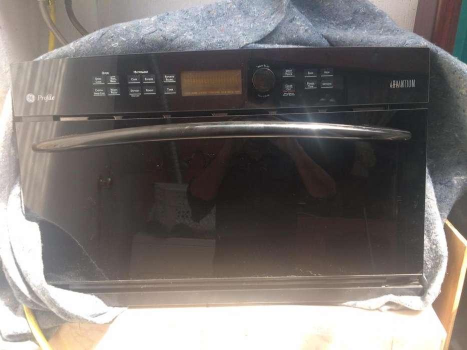 Microondas Empotrable 220V GE ADVANTIUM Convention Oven