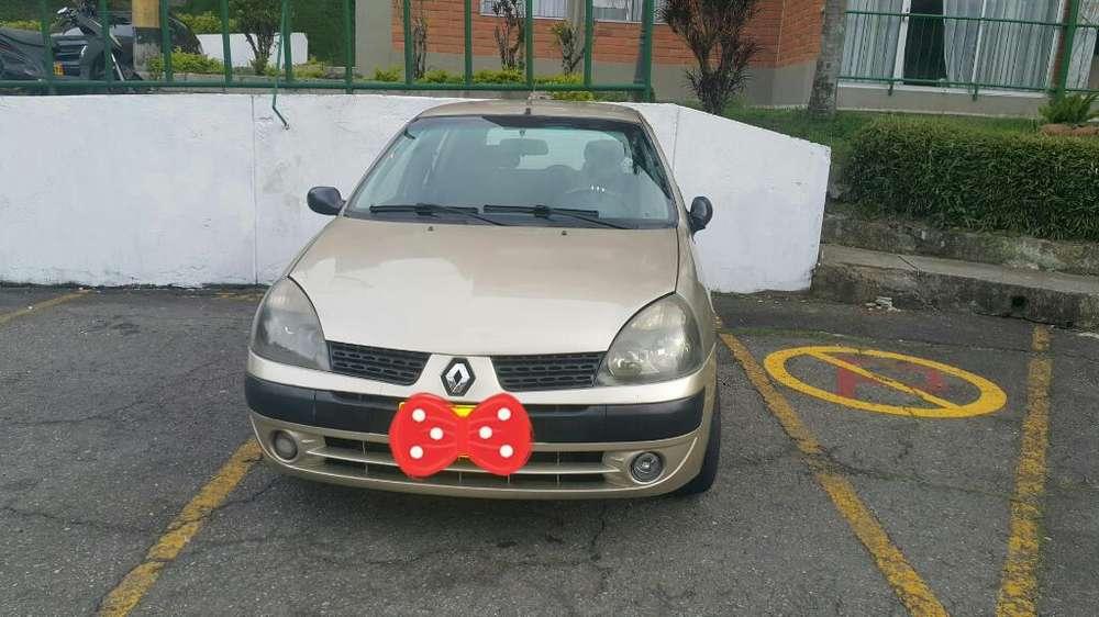 Renault Clio  2006 - 170 km
