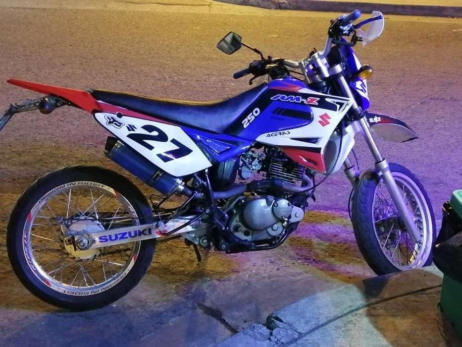 Moto Qingqi 200