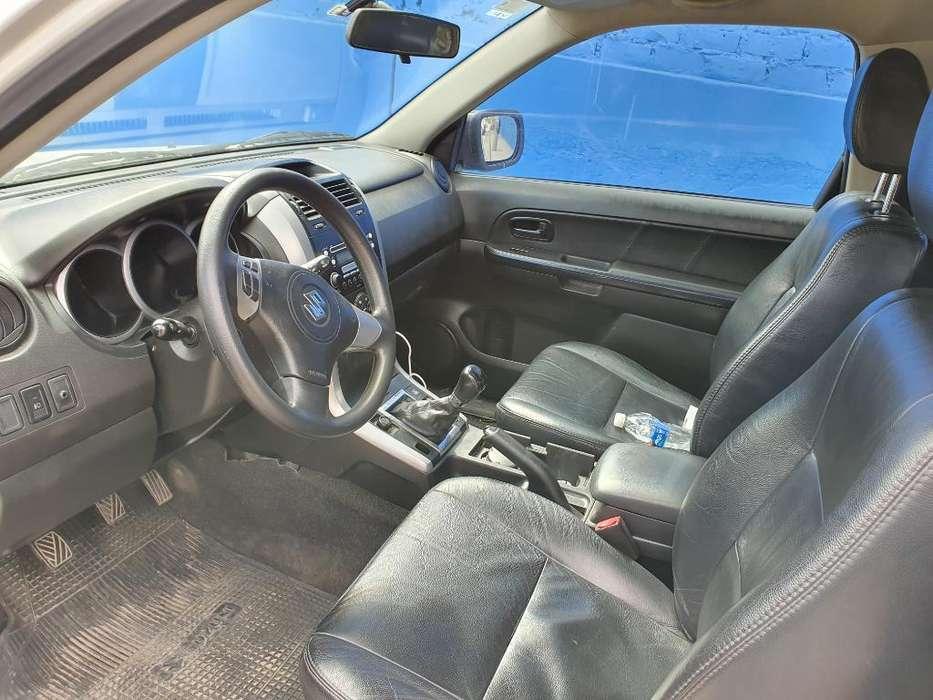 Suzuki Grand Vitara 2009 - 82000 km