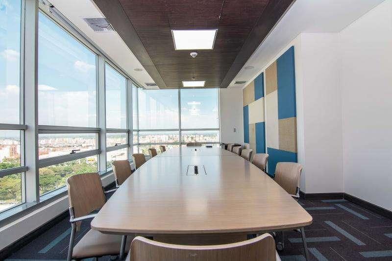 Oficina En Venta En Cali Ciudad Jardín Cod. VBKWC-10402610