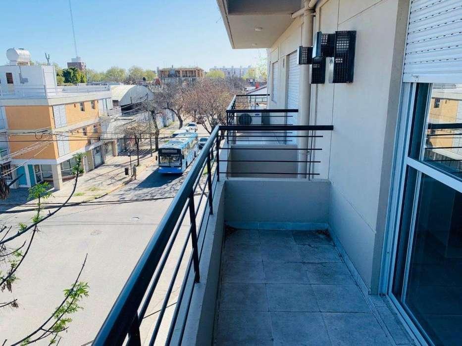 Venta de Departamento monoambiente con balcon en calle Virasoro al 1900. Entrega Inmediata. FINANCIADOS HASTA