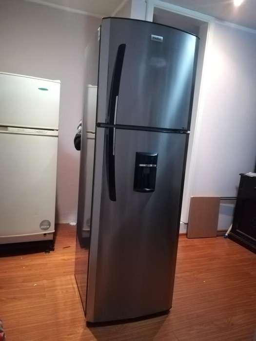 Refrigeradora Mabe 300lts.