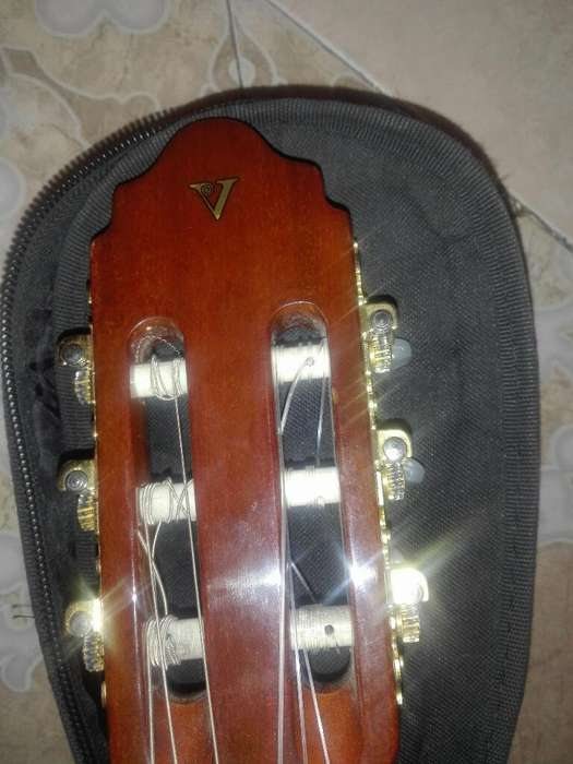 Guitarra Electroacustica Valencia