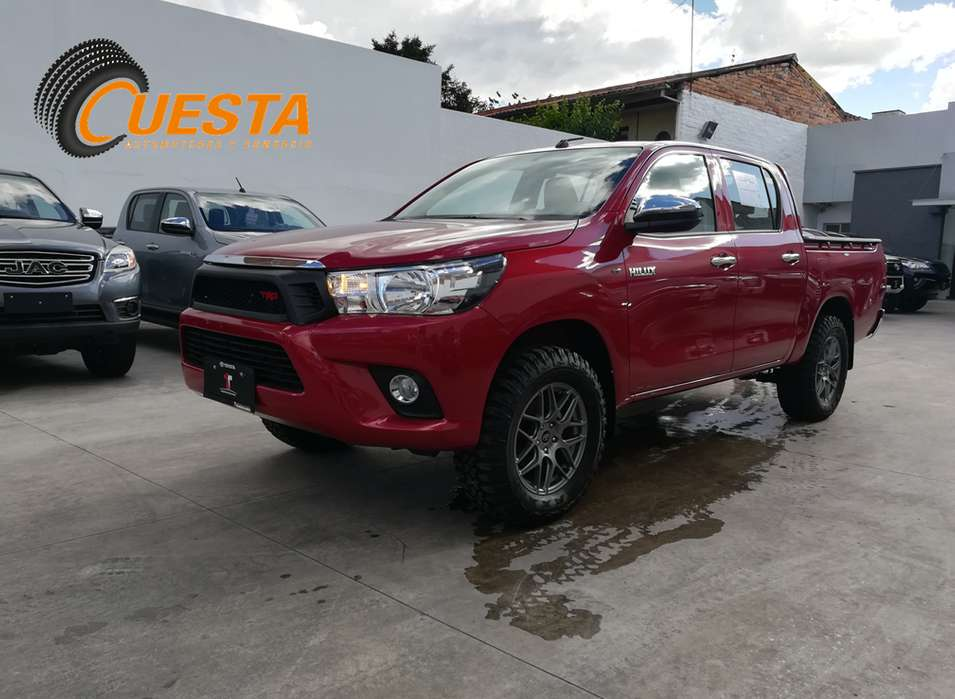 Toyota Hilux 2019 - 100 km