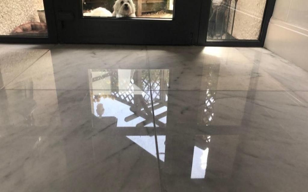 Diamantados y cristalizados de pisos MyM.