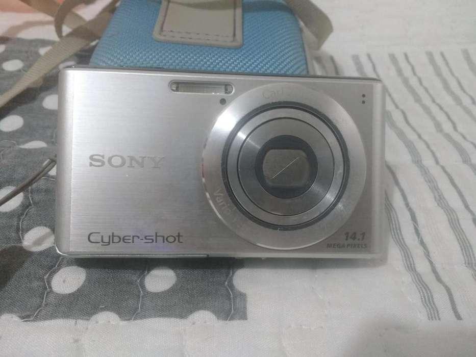 Camara Sony Cyber-shot 14.1mp 4x zoom