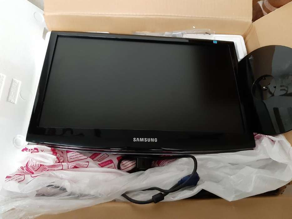 Samsung Monitor Lcd Nuevo