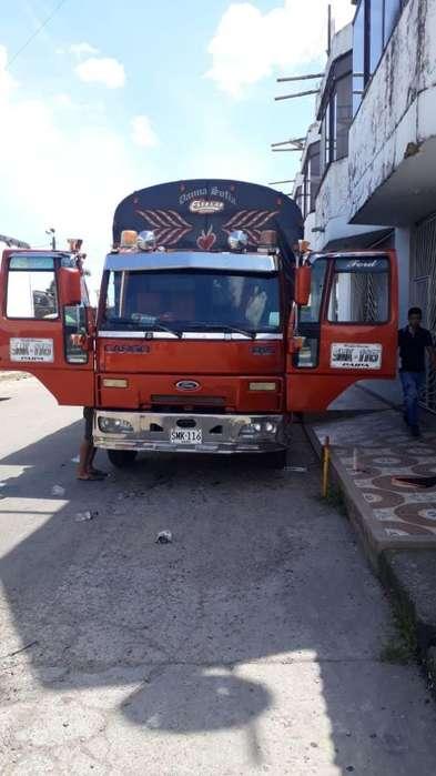 Vendo Ford Cargo 815