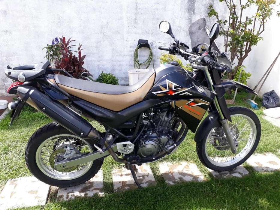 <strong>yamaha</strong> XT 660 R modelo 2008 no transalp , no klr 650 , no africa twin , no falcon