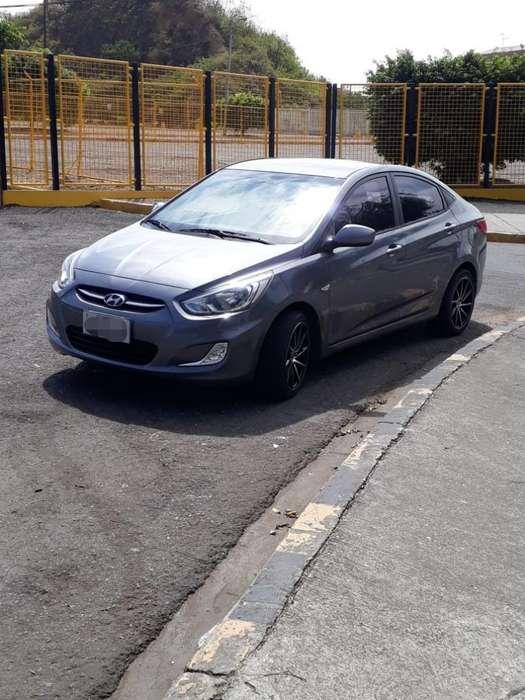 Hyundai Accent 2016 - 65900 km