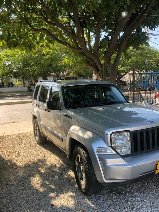 <strong>jeep</strong> GRAND CHEROKEE 2008 - 140000 km
