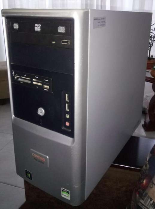 Computador de escritorio Compaq