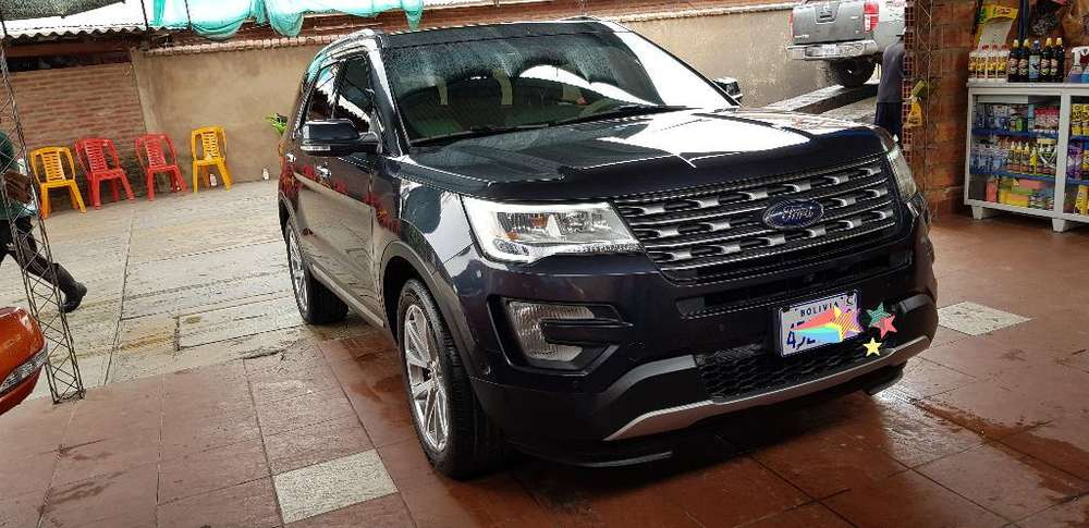 Ford Explorer 2017 - 25800 km
