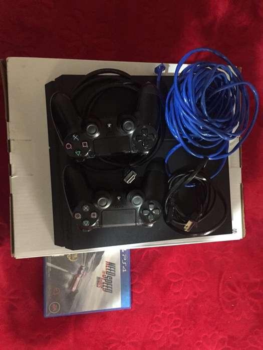 Vendo Ps4 con 2 Controles Y Cable Lan