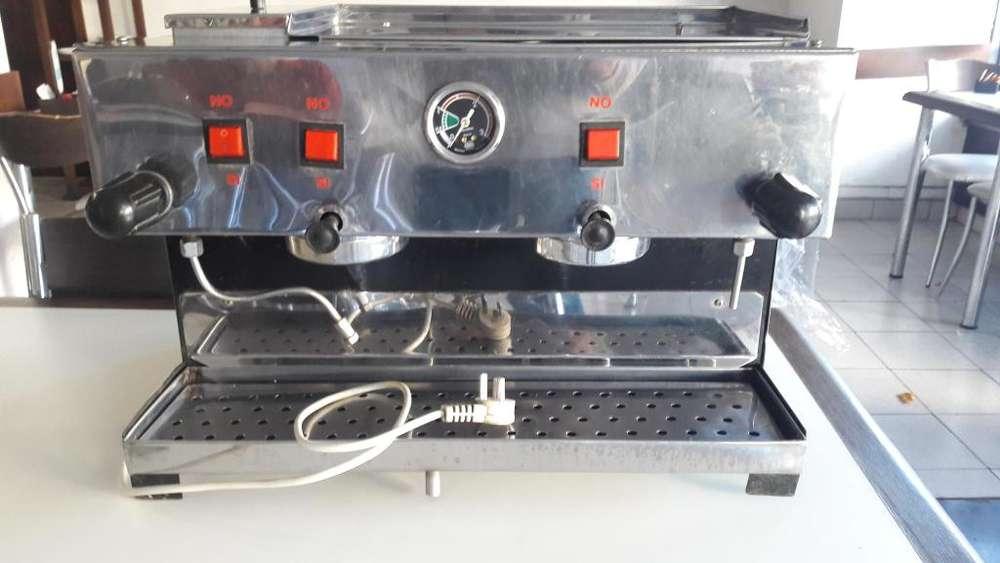 Maquina de café eléctrica