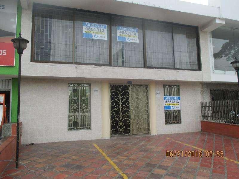 Casa En Arriendo En Cali Departamental Cod. ABUNI9152